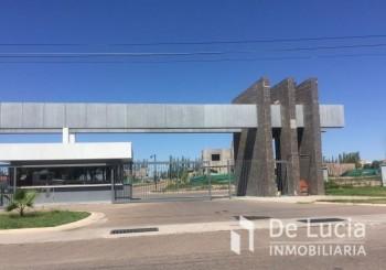 Barrio Privado La Luisa- Calle Paso- Maipú - - Maipu   Mendoza